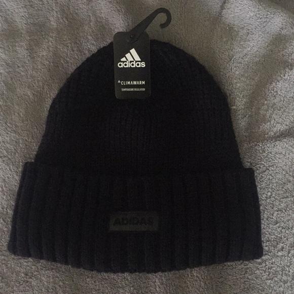 2767a1ab08f Nwt Adidas Hat